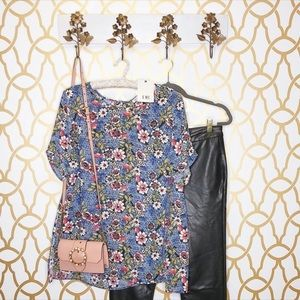 NWT DR2 Floral Blue Patterned Blouse Top